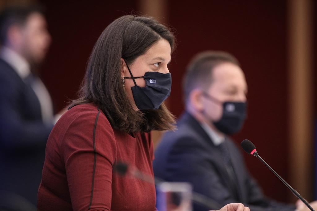 Κεραμέως: Τα σχολεία ανοίγουν στις 7 Σεπτέμβρη, με πιθανή παράταση – Τι θα ισχύσει με τις μάσκες
