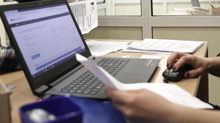 Έρχονται ειδικά πρωτόκολλα στους χώρους εργασίας για τον κορονοϊό- Πώς θα επηρεαστεί η λειτουργία δημόσιου και ιδιωτικού τομέα