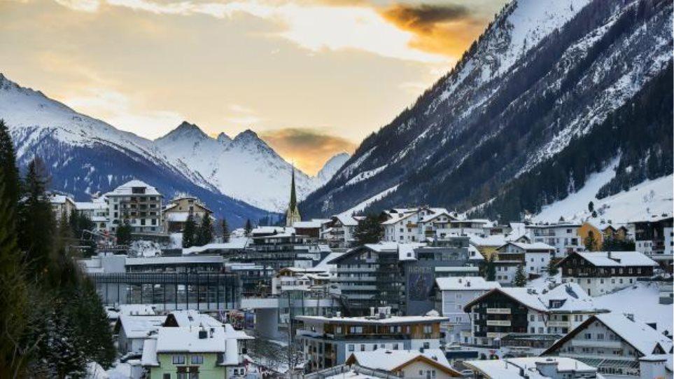 COVID-19: Μηνύσεις από παραθεριστές που «κόλλησαν» τον ιό στο Ισγκλ της Αυστρίας