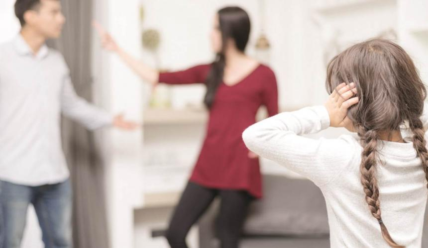 Αλλαγή τόπου διαμονής ανηλίκου μόνο με σύμφωνη γνώμη και των δύο γονέων