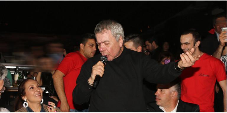 Έφυγε από τη ζωή ο μεγάλος τραγουδιστής Γιάννης Πουλόπουλος