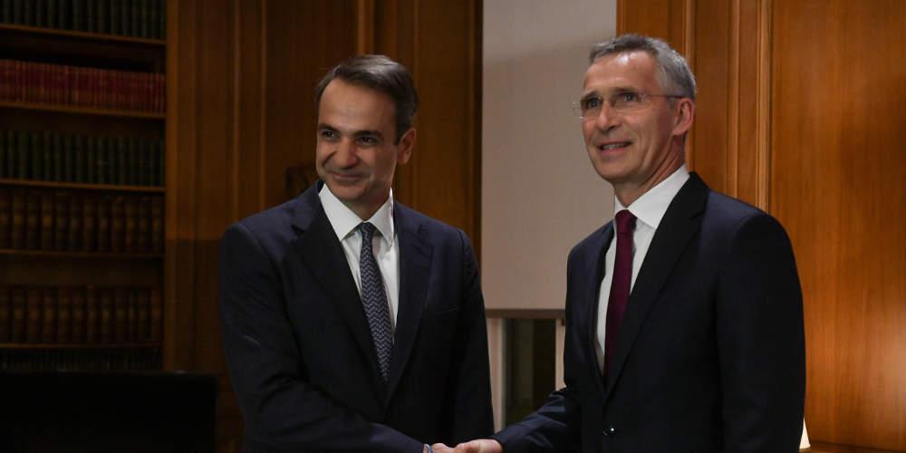 Συνομιλία με τον γενικό γραμματέα του ΝΑΤΟ Γενς Στόλτενμπεργκ είχε ο πρωθυπουργός Κυριάκος Μητσοτάκης.