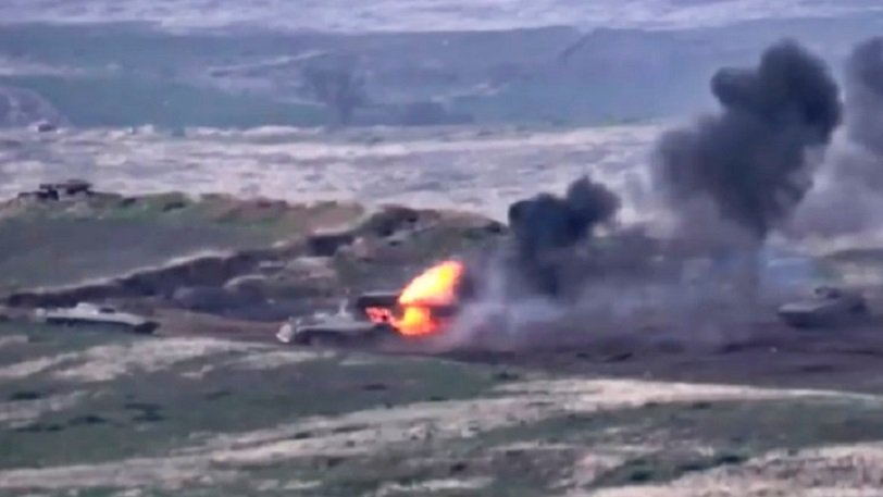 Αρμενία-Αζερμπαϊτζάν: Στα πρόθυρα του πολέμου οι δύο χώρες -Νεκροί, τραυματίες, επιστράτευση και τανκς στους δρόμους (video)