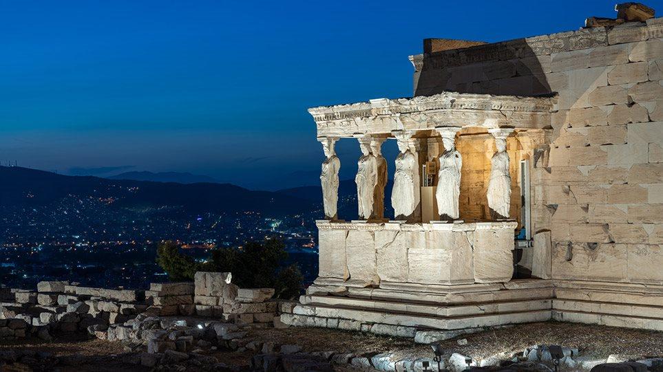 Αλλάζει από αύριο η  Ακρόπολη – Αναβαθμισμένο φωτισμό αποκτά ο Ιερός Βράχος (video)