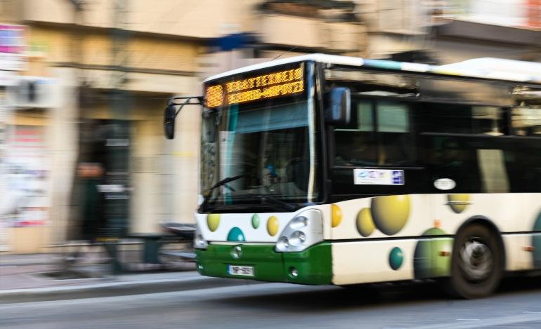 Από, αύριο, Πέμπτη ξεκινά η συνεργασία ΟΑΣΑ με τα ΚΤΕΛ Αττικής – Οχήματα θα ενισχύσουν τις αστικές συγκοινωνίες.