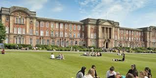 Κορωνοϊός – Βρετανία: Υπαρκτός ο κίνδυνος να εγκλωβιστούν οι φοιτητές στις πόλεις των πανεπιστημίων τους για τα Χριστούγεννα