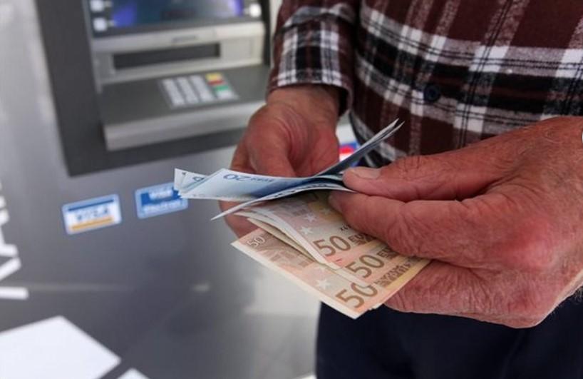 Αναδρομικά: Τις επόμενες 20 ημέρες θα πληρωθούν σε ένα εκατομ. δικαιούχους – Παράθυρο για αναδρομικά και σε κύριες συντάξεις κάτω των 1000 ευρώ