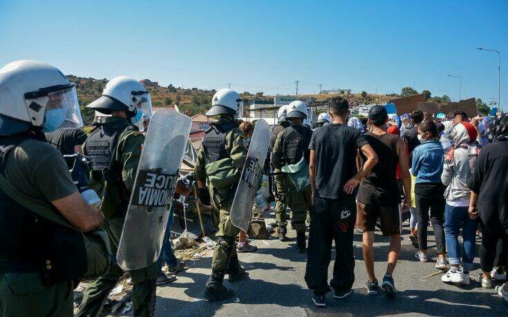 Επεισόδια μεταξύ μεταναστών και Αστυνομικών στη Μόρια