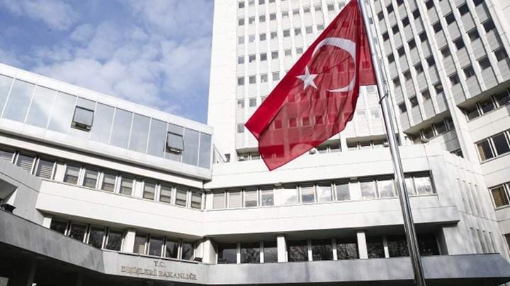 Τουρκικό ΥΠΕΞ: Ο Μακρόν είναι ανίκανος, απελπισμένος και εθνικιστής