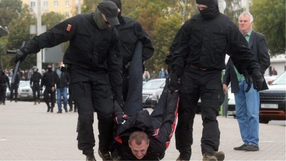 Βρετανία: Κυρώσεις για οκτώ πρόσωπα του καθεστώτος Λουκασένκο