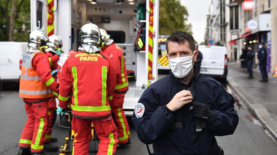 Παρίσι: Eπίθεση με μαχαίρι έξω από το Charlie Hebdo – Συνελήφθη και ο δεύτερος δράστης
