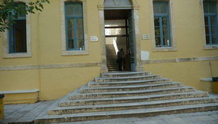 Χανιά: Αναμονή στη δίκη της μητέρας που κατηγορείται ότι υποκίνησε κατάληψη σχολείου