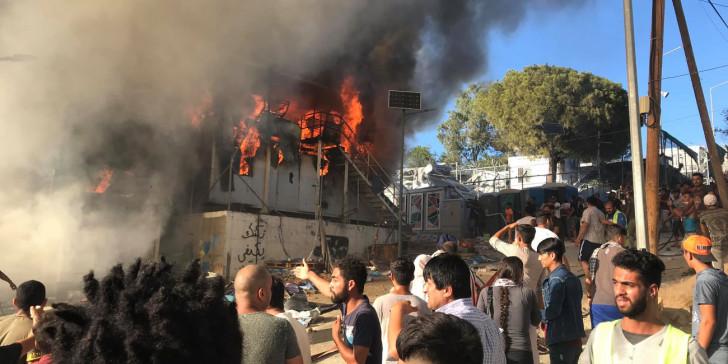 Φωτιά στη Μόρια: Έτσι έκαψαν το ΚΥΤ – Τι αναφέρεται στη δικογραφία