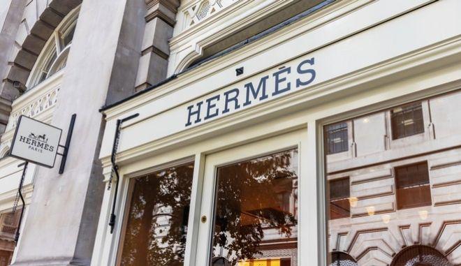 """Πρώην εργαζόμενοι του οίκου Hermès κατασκεύαζαν """"μαϊμού"""" τσάντες Birkin"""