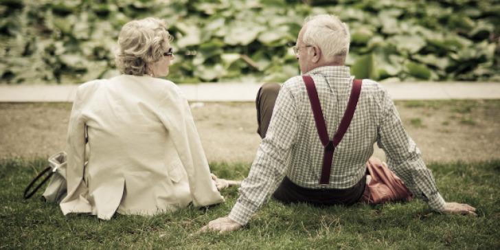 Στο σπίτι ηλικιωμένοι και ευπαθείς ομάδες- Τα νέα μέτρα στην Αττική πριν το οριστικόlockdown