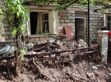 Παρέμβαση εισαγγελέα για τους θανάτους και τις καταστροφές στην Καρδίτσα