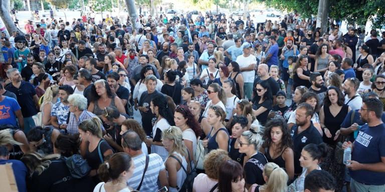 Δικογραφία σε βάρος διοργανωτών συγκέντρωσης κατά της μάσκας στο Ηράκλειο