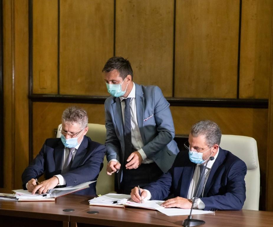 Σιδηροδρομικό έργο προϋπολογισμού 573 εκατ. ευρώ υπέγραψε η ΑΚΤΩΡ στη Ρουμανία