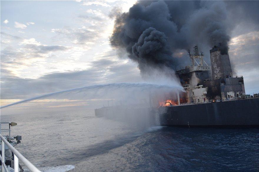 Σρι Λάνκα: Ένας νεκρός από πυρκαγιά σε ελληνόκτητο τάνκερ – Πέντε Έλληνες πάνω στο πλοίο