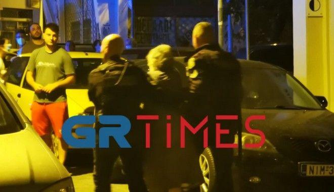 Φωτιά σε διαμέρισμα στη Θεσσαλονίκη – 10 άτομα στο νοσοκομείο