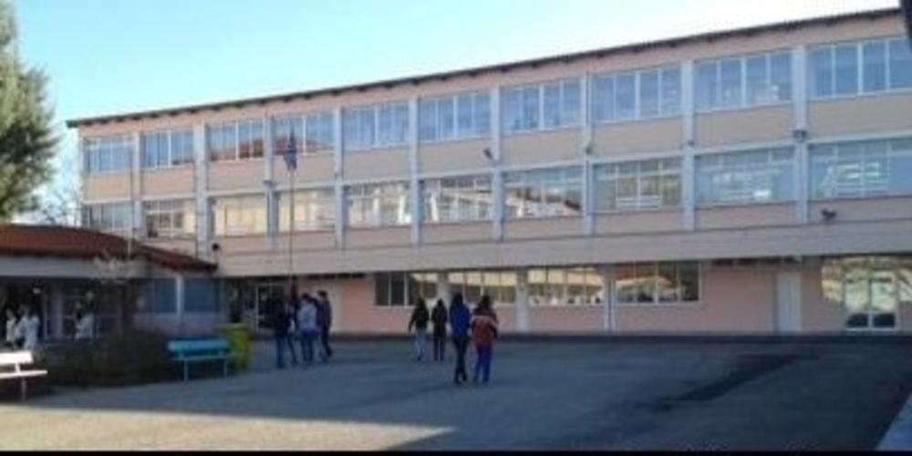 Σουφλί: Μαθητής έπεσε από τη στέγη υπό κατάληψη σχολείου – Βαριά τραυματισμένος