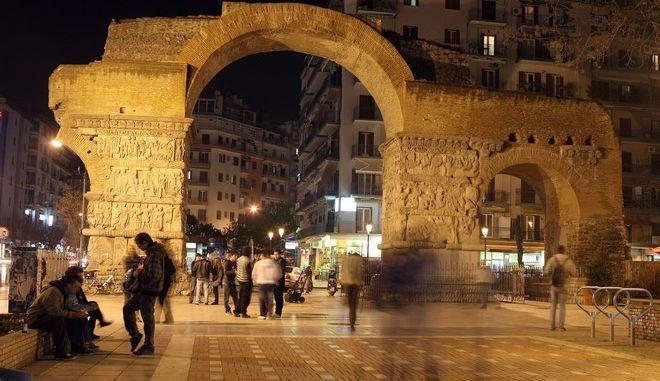 Η ιατροδικαστική εξέταση επιβεβαίωσε τον βιασμό της 20χρονης στη Θεσσαλονίκη