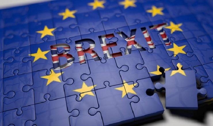 «Κωλοτούμπα» Τζόνσον: Δεν θέλει Brexit χωρίς συμφωνία αλλά μπορεί να αποδεχθεί ένα τέτοιο αποτέλεσμα