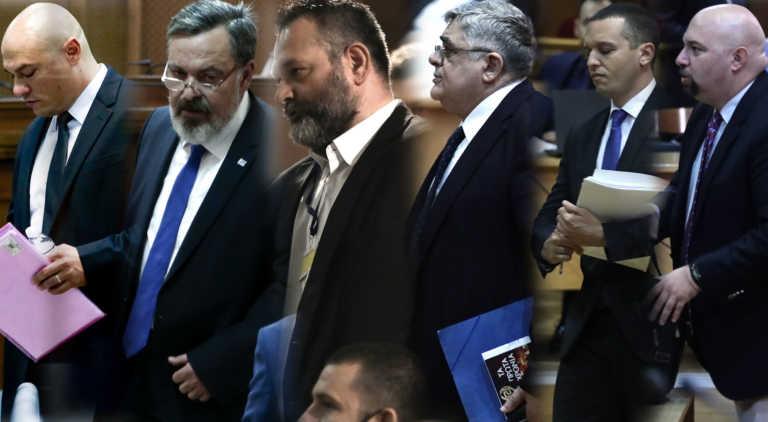 """Μεγαλύτερες ποινές για το """"διευθυντήριο"""" ζητεί ο αναπληρωτής εισαγγελέας στη δίκη για τη Χρυσή Αυγή"""