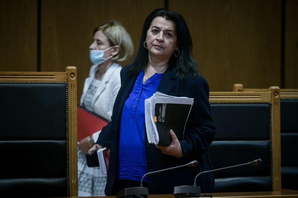 Πρωτοφανές: Η Πρόεδρος του δικαστηρίου αμφισβητεί την πληρότητα της εισαγγελικής πρότασης για αναστολή – Νέα διακοπή για αύριο