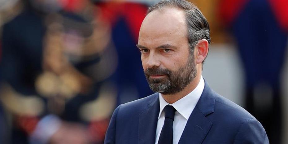 Γαλλία: Έφοδος στο σπίτι του υπουργού Υγείας και του πρώην πρωθυπουργού για τη διαχείριση της πανδημίας