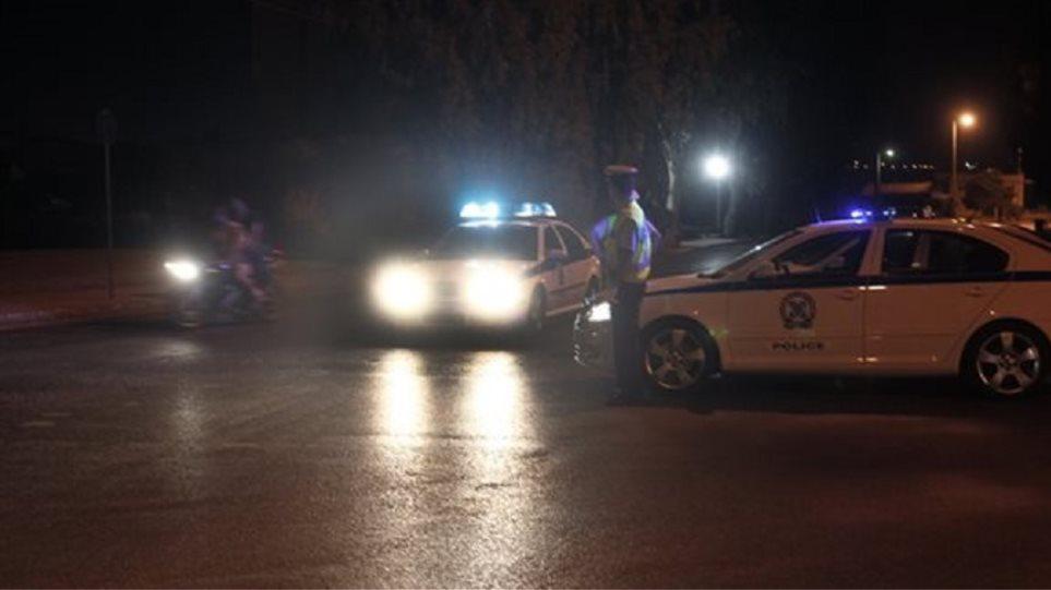 Συναγερμός σήμανε στην αστυνομία όταν εντοπίστηκε ύποπτο δέμα με γκαζάκια κοντά στο σπίτι του Μ . Χρυσοχοΐδη