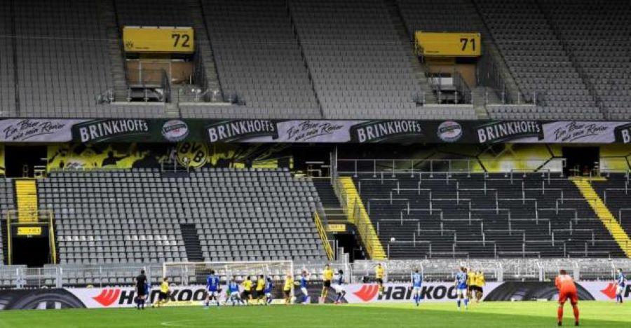 Ποδοσφαιρικοί αγώνες: Με εντολή Μητσοτάκη ανακαλείται η απόφαση για παρουσία φιλάθλων