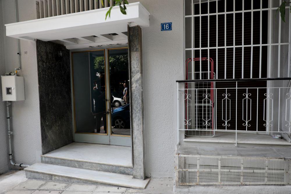 """Ανατροπή στην υπόθεση σύλληψης του 42χρονου στο Κουκάκι – Κατεβασμένη από το… ίντερνετ η προκήρυξη του """"ΟΛΑ"""" – ΒΙΝΤΕΟ"""