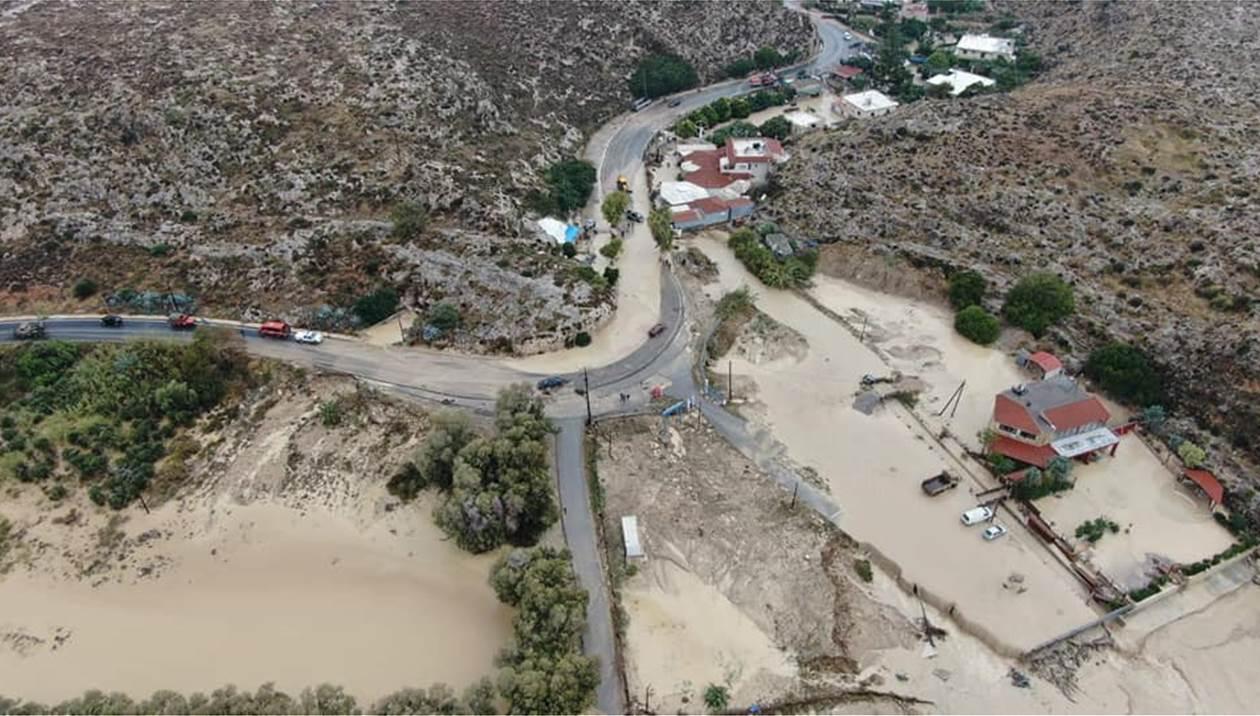 """Εικόνες """"Αποκάλυψης"""" στην Κρήτη: """"Θάφτηκαν"""" στη λάσπη περιοχές του Ηρακλείου – ΒΙΝΤΕΟ – ΦΩΤΟ"""