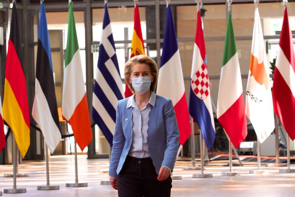 Κραυγή αγωνίας για τον κορονοϊό από την Ούρσουλα φον ντερ Λάιεν: Προειδοποιεί για 2 κρίσιμες εβδομάδες και δείχνει αυστηρότερα μέτρα σε όλη την Ευρώπη