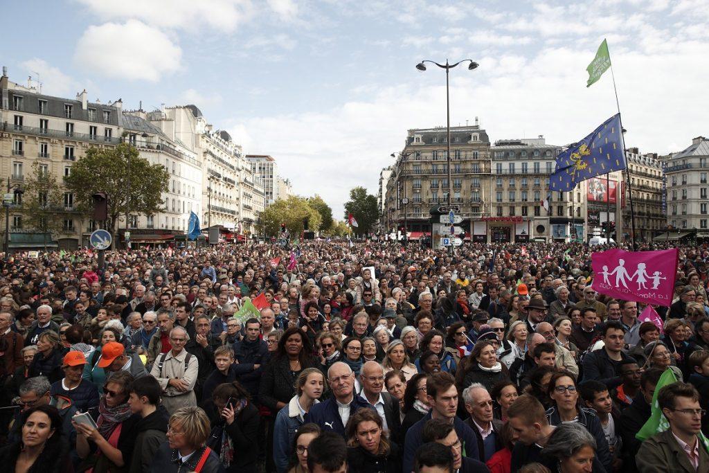 Η γαλλική Γερουσία ενέκρινε πρόταση νόμου κατά του «ριζοσπαστικού ισλαμισμού» μετά τον αποκεφαλισμό του καθηγητή