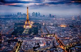 Μακρόν: Απαγόρευση κυκλοφορίας σε Παρίσι και 8 μεγάλες πόλεις(Βίντεο)