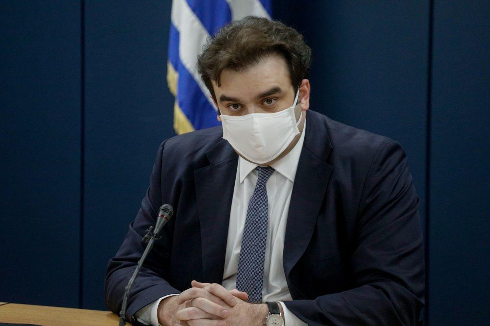 """Ο Πιερρακάκης ξεκαθαρίζει: """"Δεν υπάρχει """"κόφτης"""" στην αποστολή sms στο 13033″"""