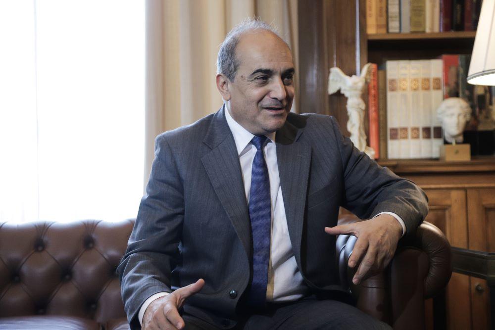 """Ραγδαίες εξελίξεις στην Κύπρο: Παραιτήθηκε ο Πρόεδρος της Βουλής για το σκάνδαλο με τα """"χρυσά διαβατήρια"""""""