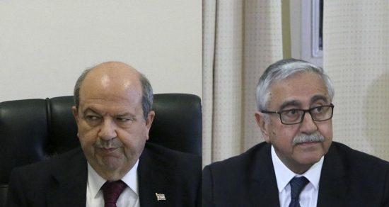 «Εκλογές» στα κατεχόμενα: Ερσίν Τατάρ και Μουσταφά Ακιντζί πέρασαν στο δεύτερο γύρο