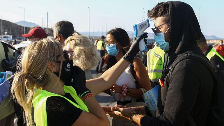 Κορονοϊός : Έκτακτη σύσκεψη των λοιμωξιολόγων για νέα μέτρα – Δεν είναι μακριά το lockdown λέει ο Χαράλαμπος  Γώγος