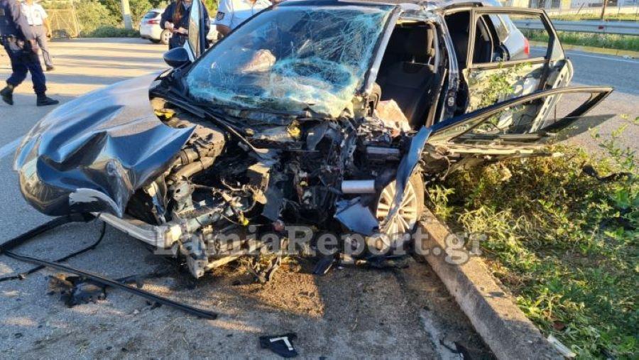 Σφοδρό τροχαίο στη Λαμία: Τραυματίστηκε σοβαρά Μητροπολίτης – Τον απεγκλώβισε η ΕΜΑΚ – ΒΙΝΤΕΟ – ΦΩΤΟ