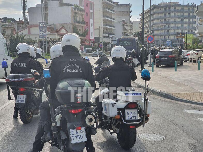 Σε αστυνομικό κλοιό η Πάτρα – Ακινητοποιήθηκαν 20 άτομα(ΒΙΝΤΕΟ, ΦΩΤΟ)