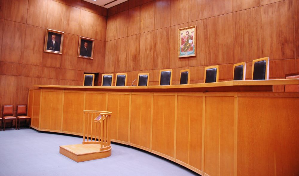Δικαστικό (μετά το πολιτικό) «μπραντεφέρ» για την πορεία του Πολυτεχνείου: Διαφοροποιούνται η Ένωση Εισαγγελέων και η μειοψηφία της Ένωσης Δικαστών Εισαγγελέων  – Αποφασίζει άμεσα το ΣτΕ