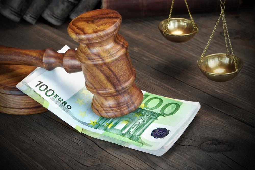 Δικηγόροι σε θέση μάχης: Στα κάγκελα για την «δήθεν οικονομική ενίσχυση» – Έκτακτη σύγκληση της Ολομέλειας