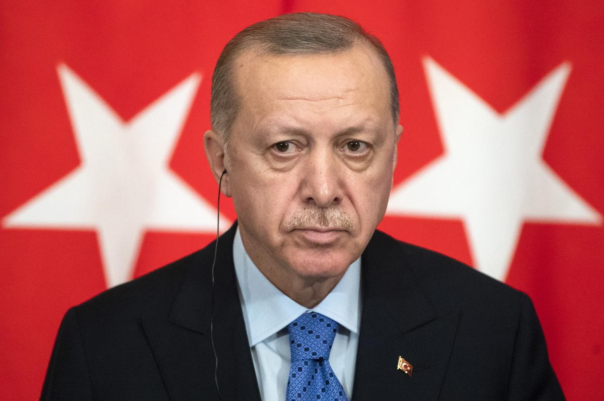 """Προκλητικός ο Ερντογάν: Απειλεί με νέο Αττίλα – """"Επίθεση"""" και για την ΑΟΖ"""