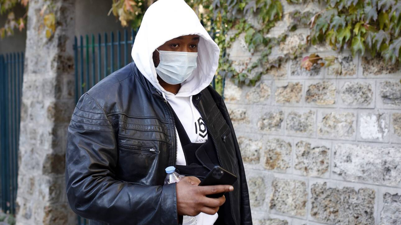 Σάλος στη Γαλλία με βίντεο άγριου ξυλοδαρμού , έγχρωμου μουσικού παραγωγού,  από αστυνομικούς -Ζητά κυρώσεις ο Μακρόν / ΒΙΝΤΕΟ