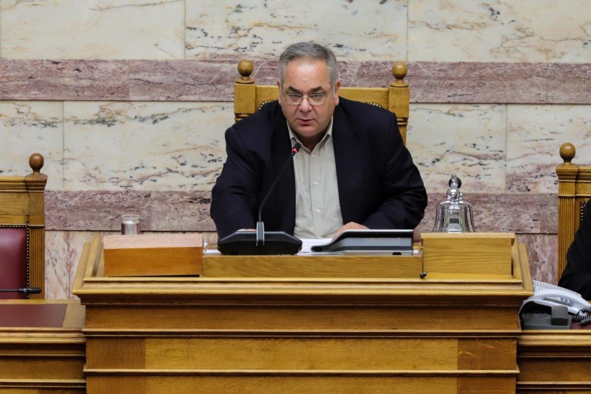 Λαμπρούλης (ΚΚΕ): Πάει εθελοντικά ως γιατρός στην Λάρισα – Ζητάει απαλλαγή από καθήκοντα της Βουλής