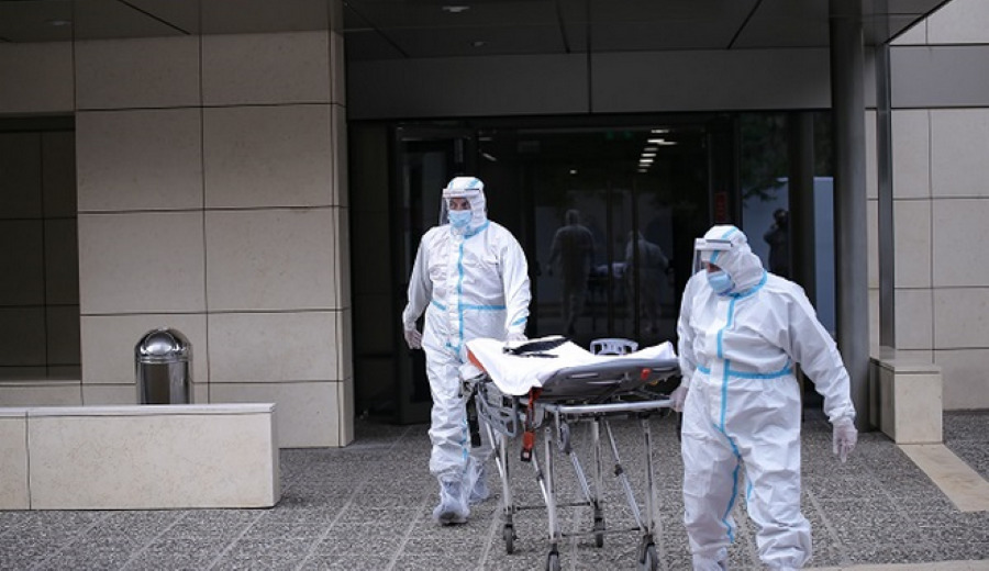 """Θεσσαλονίκη: Μεταφέρθηκαν σε """"επιταγμένη"""" ιδιωτική κλινική οι πρώτοι ασθενείς με κορονοϊό – BINTEO"""