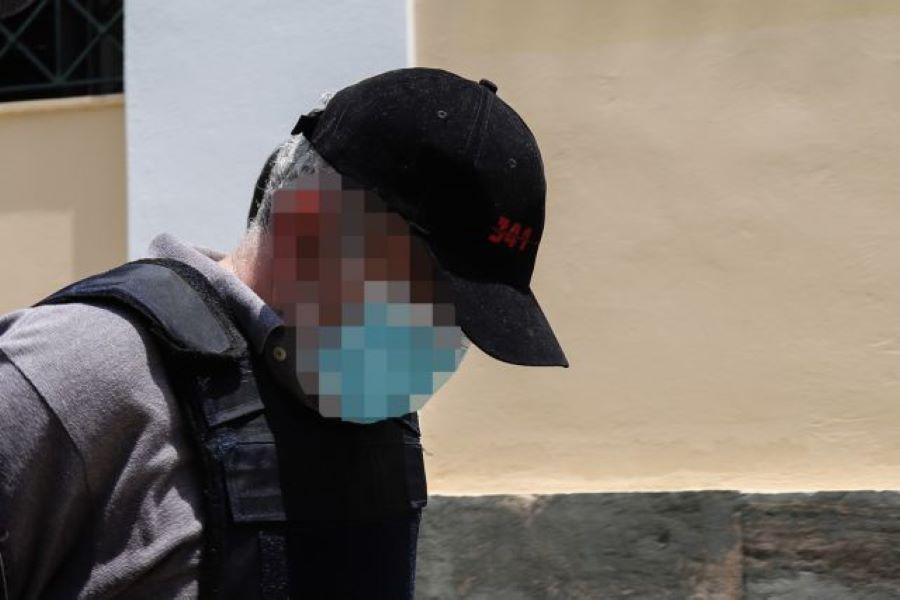 Υπόθεση «ψευτογιατρού»: Σοκάρουν τα πορίσματα των πραγματογνωμόνων για τα θύματα (μεταξύ τους και παιδιά) – «Λιμοκτονούσαν» και είχαν θάνατο «βασανιστικό»